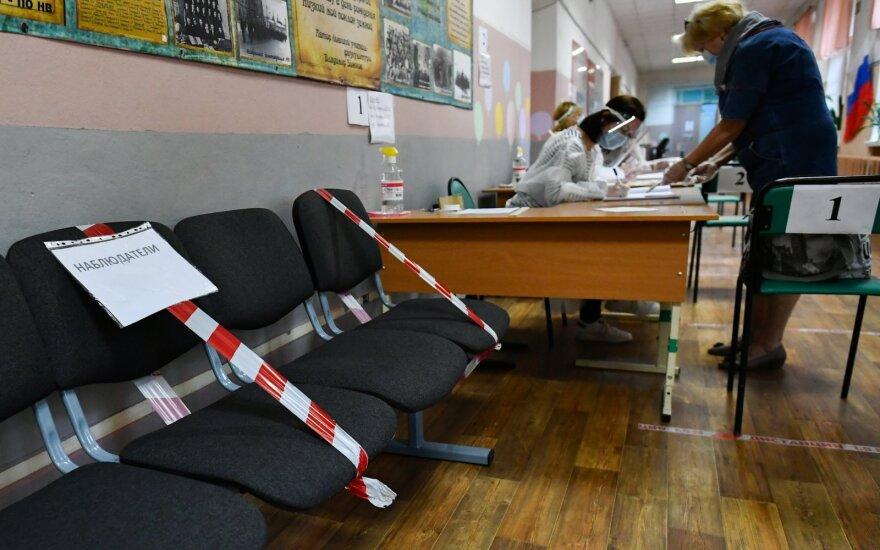 ES ragina Maskvą ištirti įtariamus pažeidimus per balsavimą