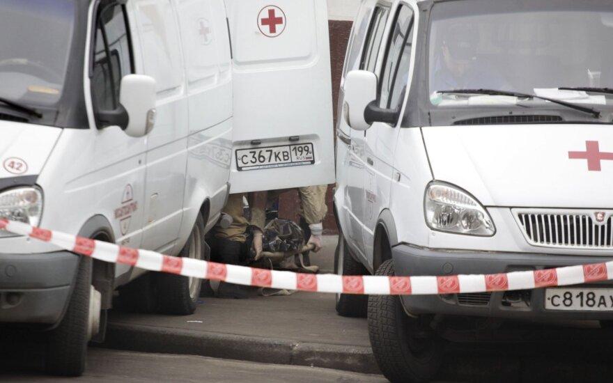 Rusijoje susidūrus traukiniui ir autobusui žuvo keturi žmonės, dar 12 sužeisti