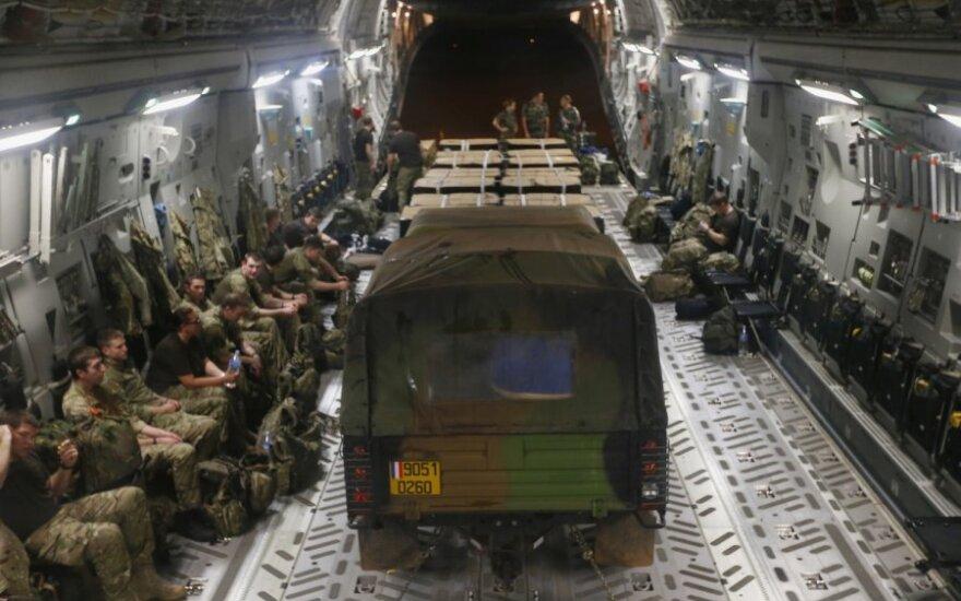 Prancūzijos kariai keliauja į Malį