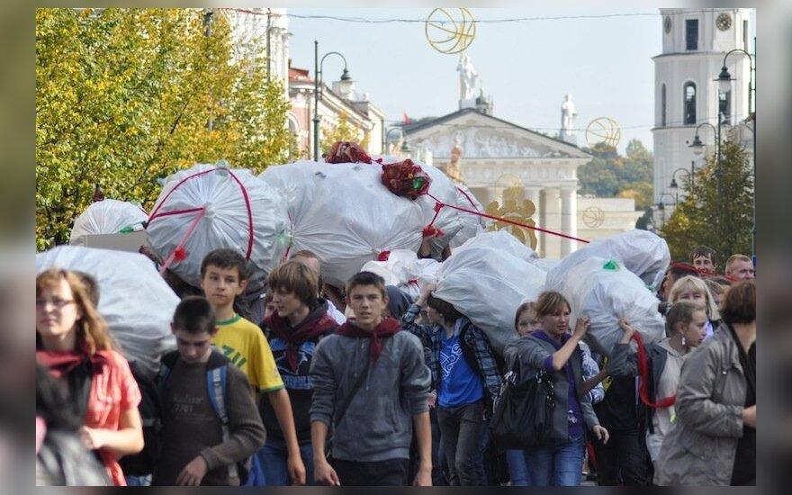 Akcija moksleiviams bei darželinukams - aštuonkojis iš atliekų