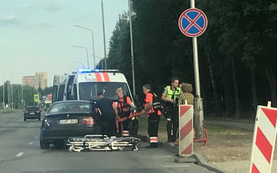 Kaune į avariją pateko greitosios pagalbos automobilis
