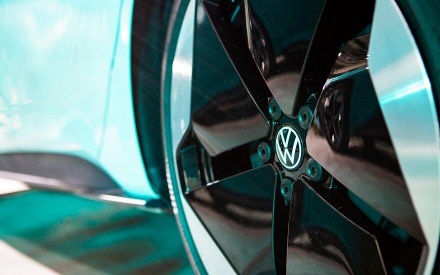 """""""Volkswagen"""" planuoja per 5 metus į naujas technologijas investuoti 73 mlrd. eurų"""