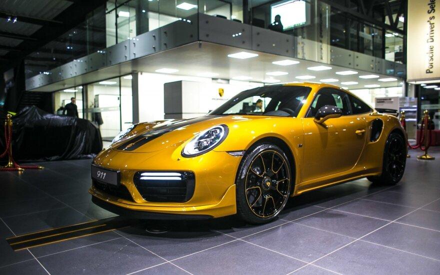 """Lietuvio įsigytą unikalų """"Porsche 911 Turbo S"""" gali apžiūrėti visi"""