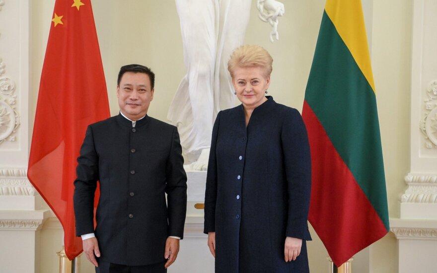 H.E. Ambassador Shen Zhifei and H.E. President Dalia Grybauskaitė
