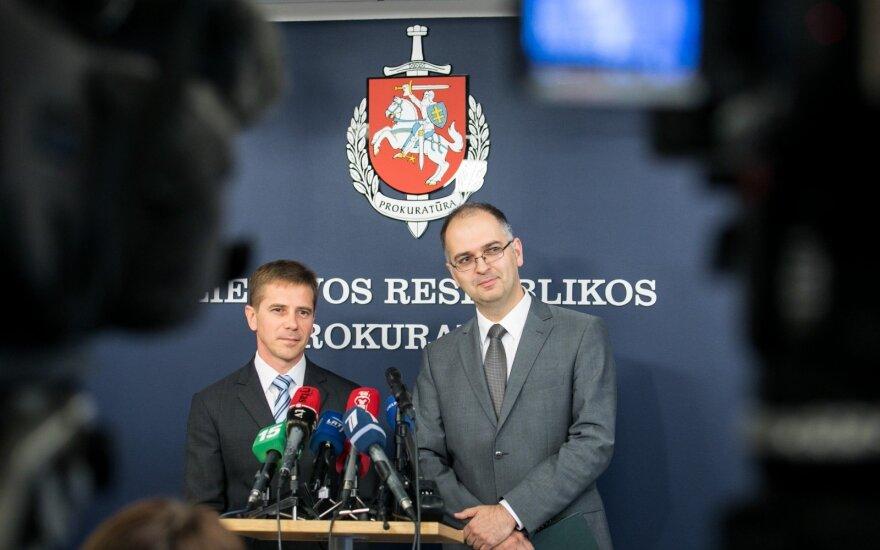 Vardija įtariamuosius ir sumas: įsitraukė 2 partijos ir 5 asmenys