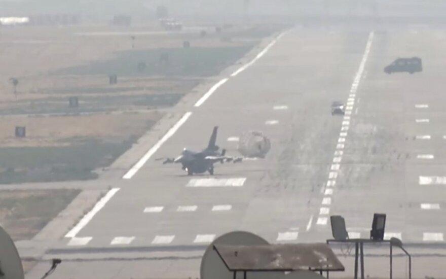 Turkija veliasi į labai rizikingą karą su sustiprėjusiu priešu