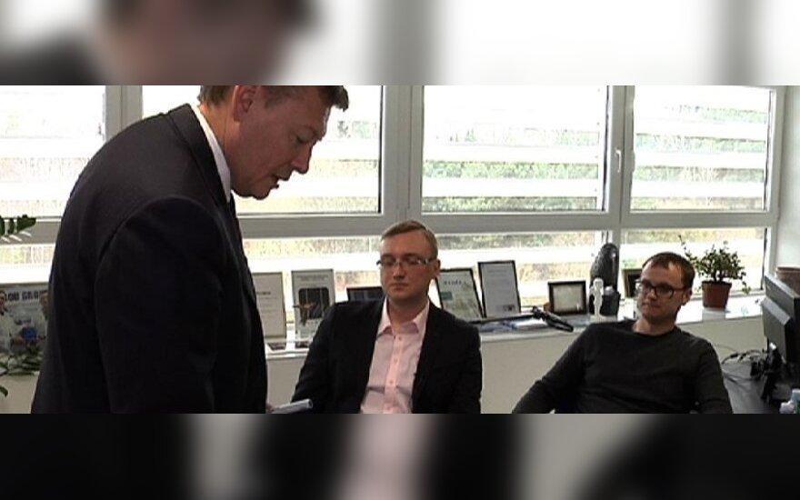 """Išradimo atsiperkamumą """"BOD Group"""" vadovas V. Janulevičius skaičiavo startuolių akivaizdoje."""