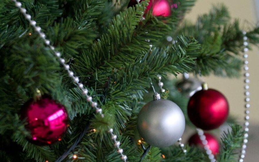 Pirkti kalėdinių žaislų į Vokietiją važiuojama iš viso pasaulio