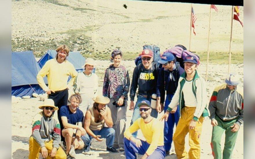 Ekspedicija bazinėje stovykloje
