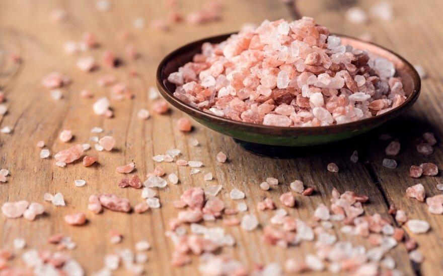Ypatingos Himalajų druskos galios: valo organizmą, gydo peršalimą, jaunina odą