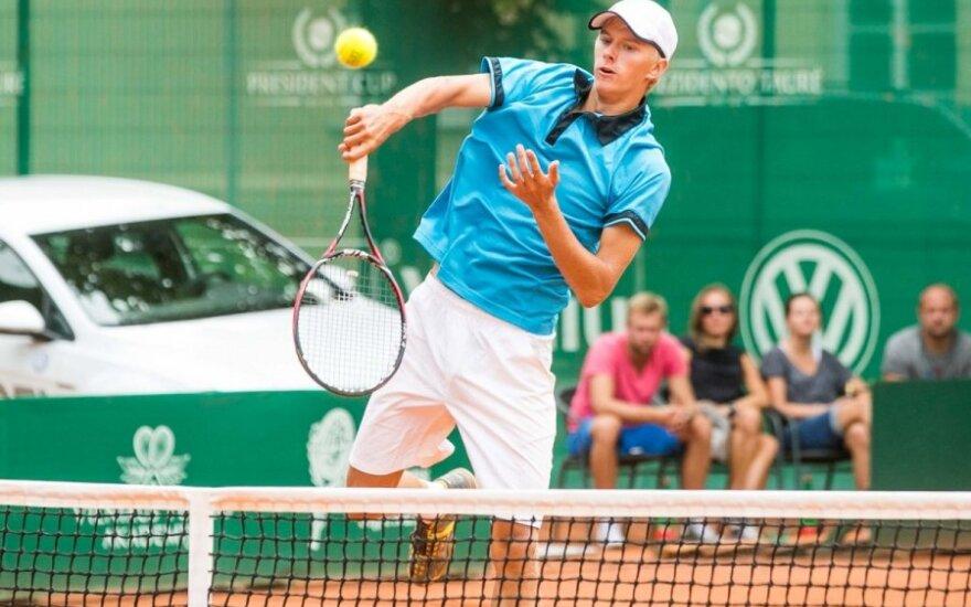 L. Mugevičius ITF turnyre Tunise sutriuškino ispaną