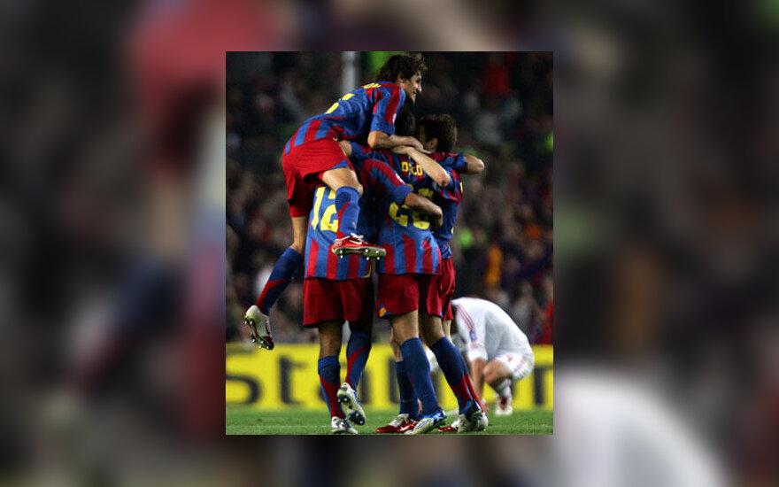 """FC Barcelona"" futbolininkai džiūgauja"