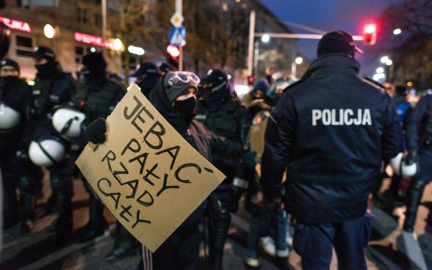 Protestai Lenkijoje prieš abortų draudimą