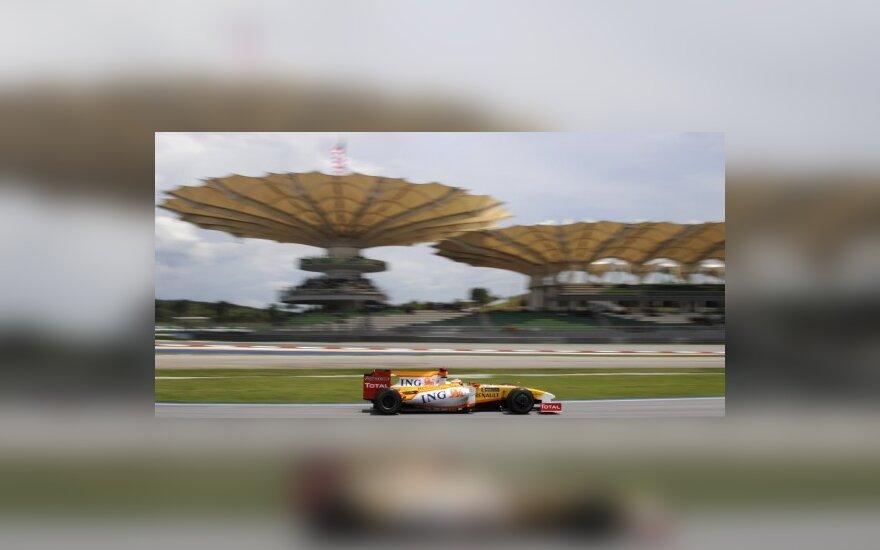 F.Alonso vis dar taikosi į čempiono titulą