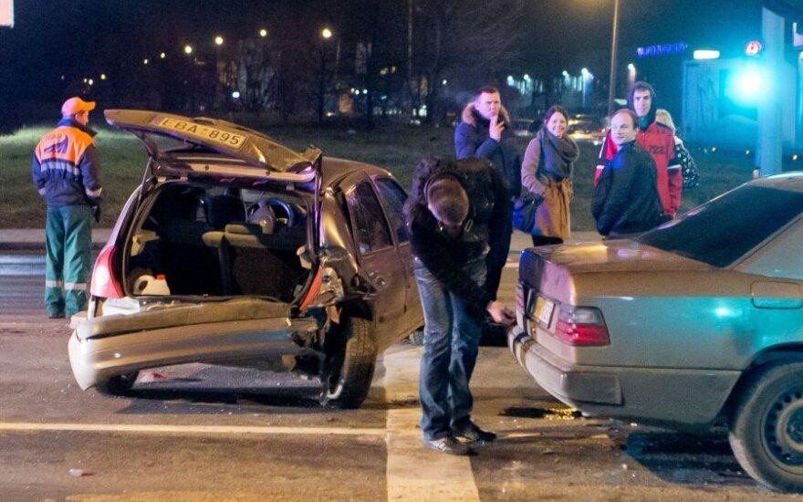Savaitė šalies keliuose: 80 eismo įvykių, 7 žmonės žuvo, 79 sužeisti