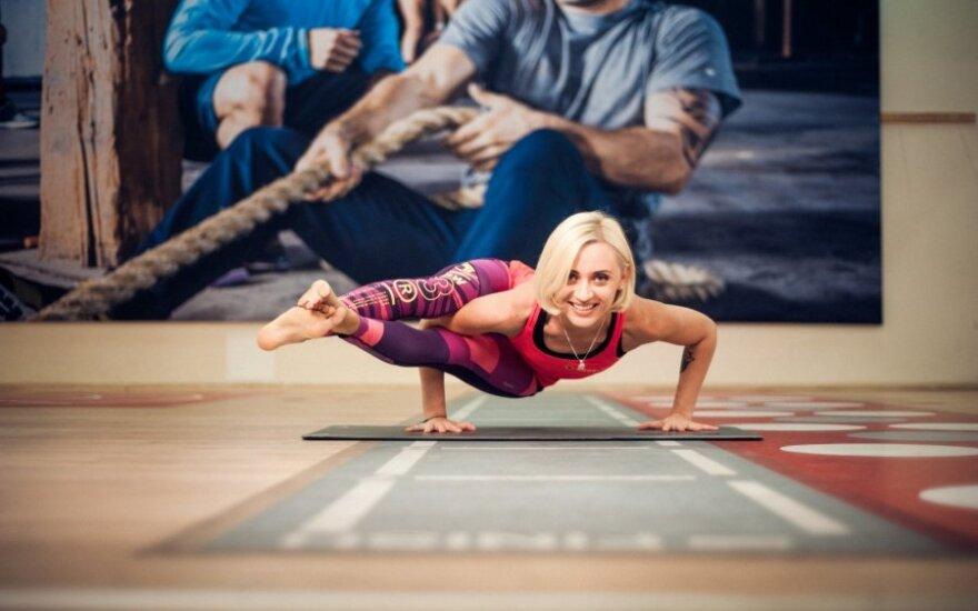 Kovai su nepageidaujamu svoriu – joga?