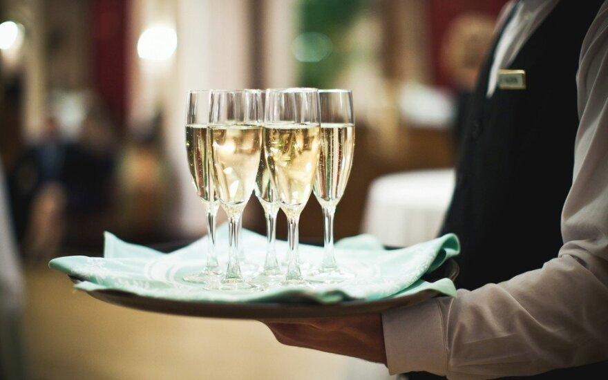 202 profesionalai išrinko geidžiamiausią 2015 m. šampaną pasaulyje