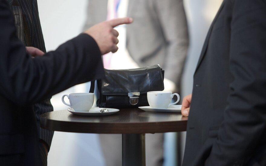 Kaip elgtis, kai darbdavys verčia išeiti iš darbo: jei to nežinote, prarandate itin daug