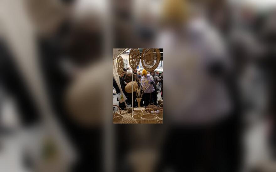 Tautodailės dirbiniai Kaziuko mugėje