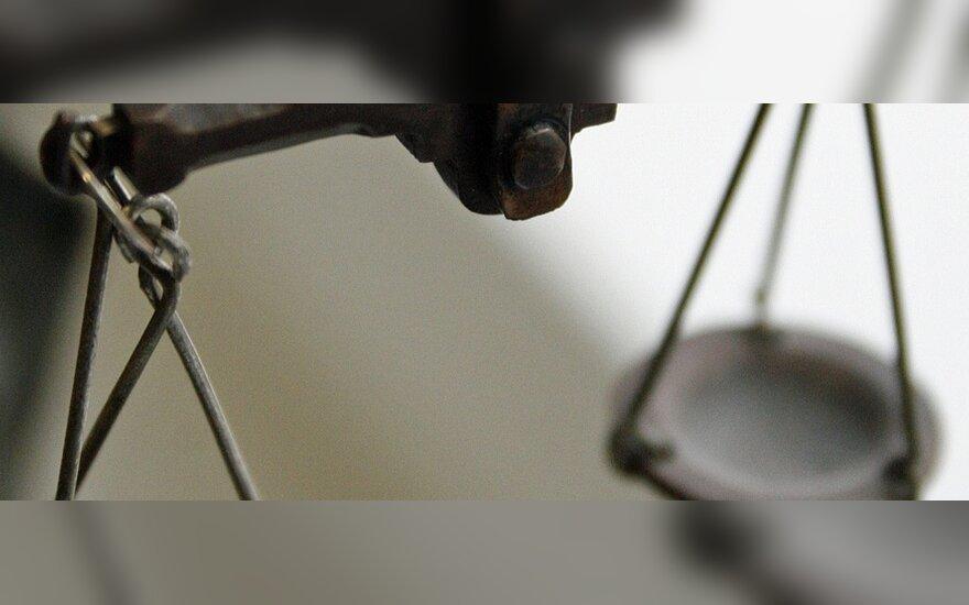Teisingumo ministerija duomenų apie Baltarusijos žmogaus teisių gynėjų pinigus reikalavo pasitelkusi teismą