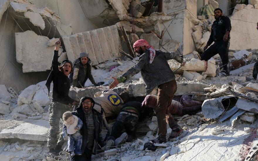 """Prancūzija ragina """"nedelsiant"""" surengti JT Saugumo Tarybos susitikimą dėl Alepo"""