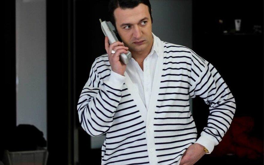 """Serialo """"Pasmerkti IV"""" aktorius Josif Baliukevič mylimąją stebina kulinariniais gebėjimais"""