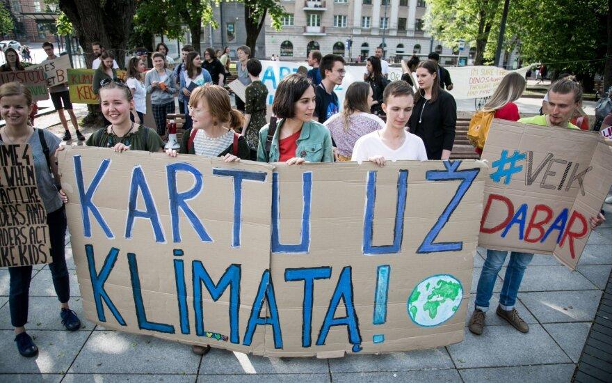 Vinco Kudirkos aikštėje streikas prieš klimato kaitą