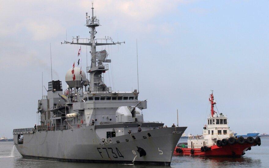 "Prancūzų fregata ""Vendemiaire"" Taivane"