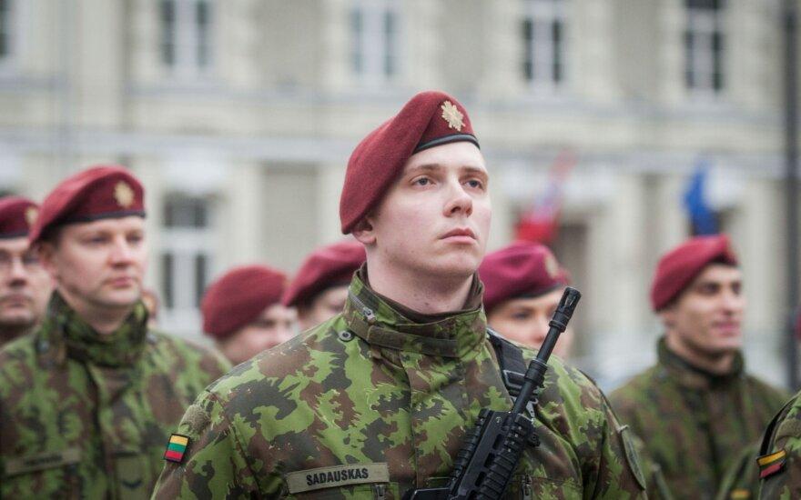 Pirmieji kariai iš tarptautinio bataliono į Lietuvą atvyks kitą savaitę