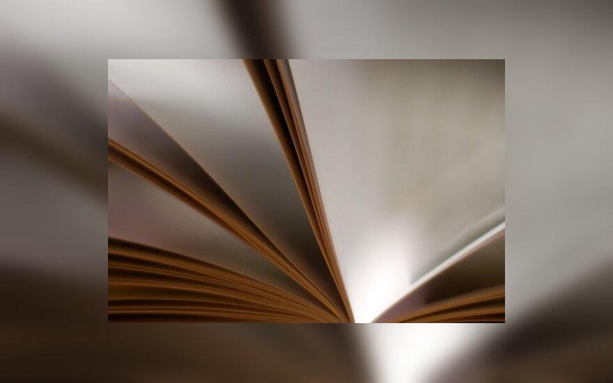 """Metų knyga – istorinis romanas """"Silva Rerum"""""""