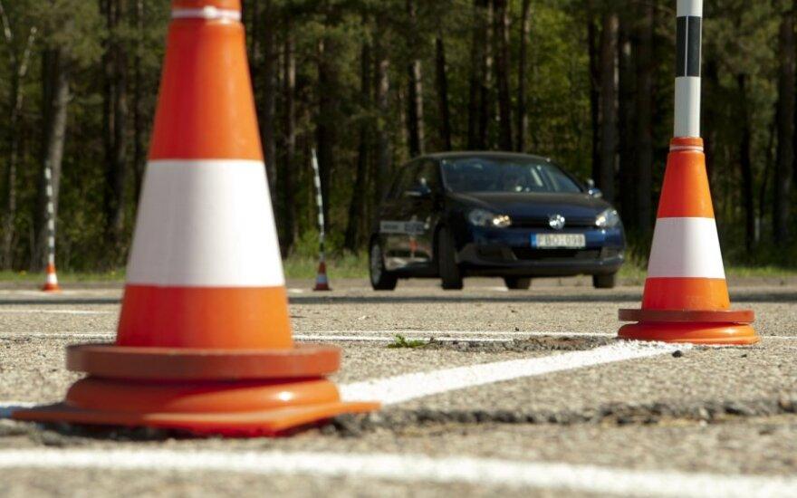 Viešosios vairavimo įgūdžių tobulinimo aikštelės atidarymas