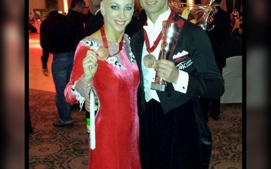 Šokėjai D. Vėželis ir L. Chatkevičiūtė Europos čempionate laimėjo bronzos medalius