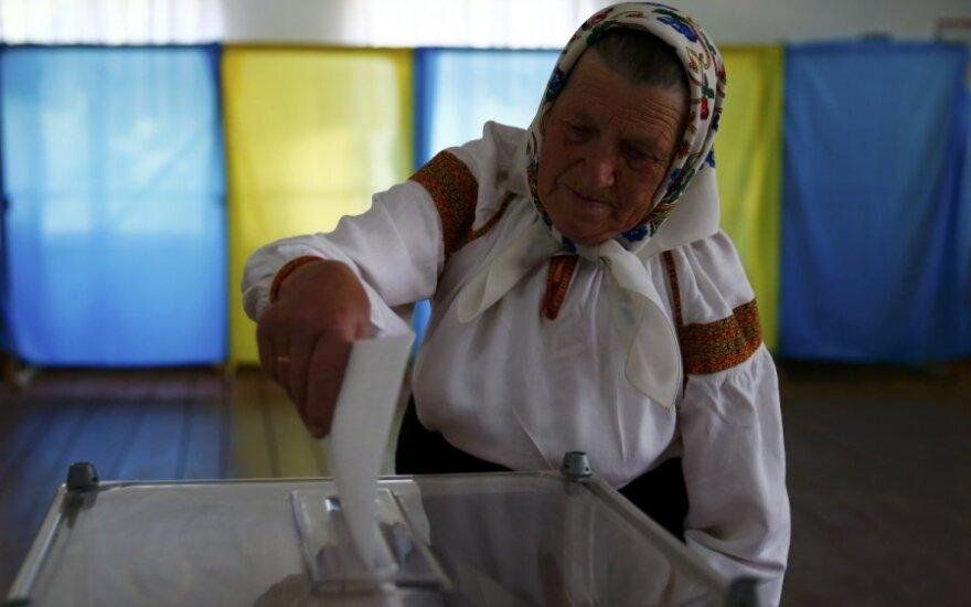 Ukrainoje rinkimus stebintys lietuviai: kai kur sustiprintos saugumo priemonės