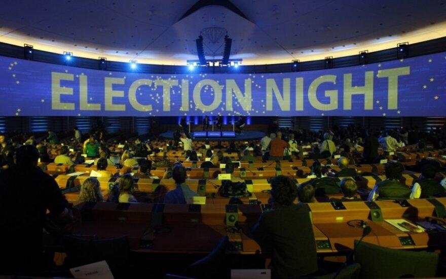 Rinkimai ne už kalnų: pasipylė kritika dėl laiko švaistymo