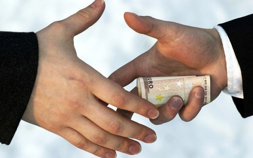 Lithuania fails to improve its corruption perception ranking