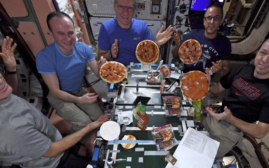 Picų vakarėlis kosmose