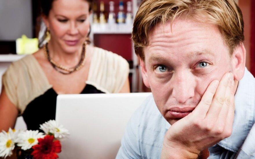 Psichologiniai tyrimai primena apie tamsiąją elektroninio pašto pusę