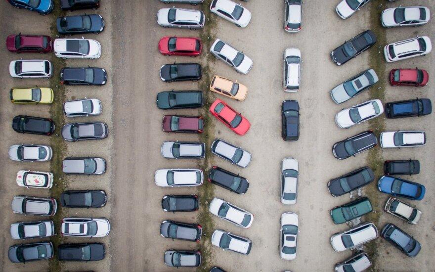 Graikijoje masiškai išregistruojami automobiliai