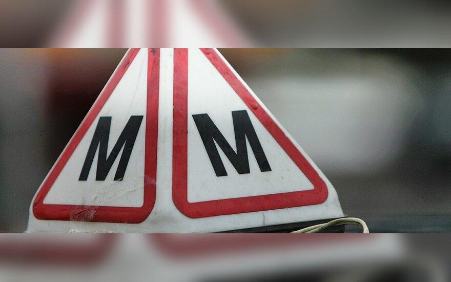 Vairavimo pamokas brangins mokesčiai