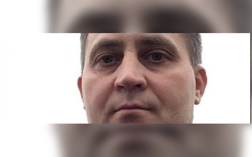 Policija ieško vyro, kuris internete susipažįsta su moterimis ir dingsta su jų pinigais