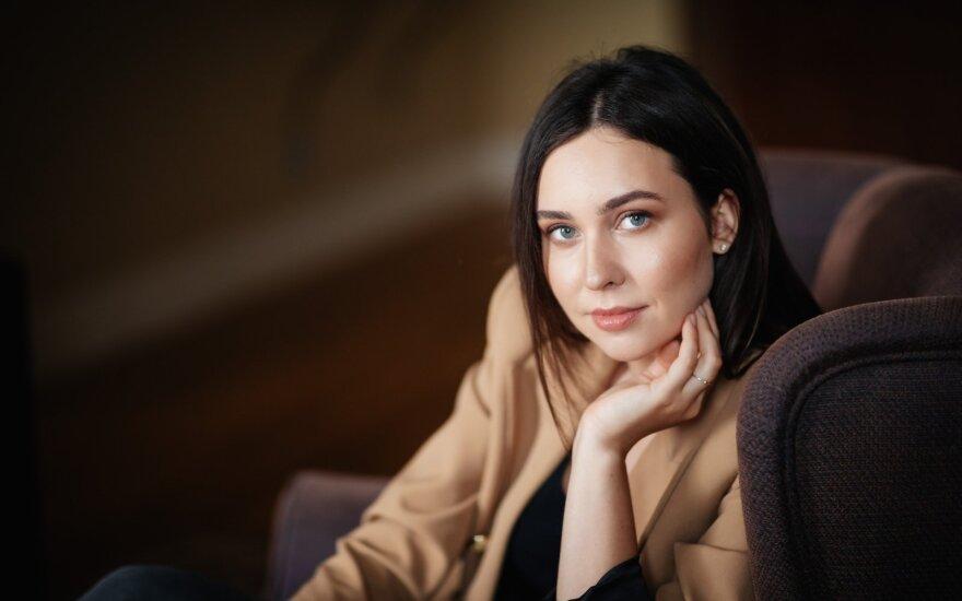 Fausta Marija Leščiauskaitė. Partneris neleidžia eiti pas vyrą ginekologą ir masažuotis pas vyrą