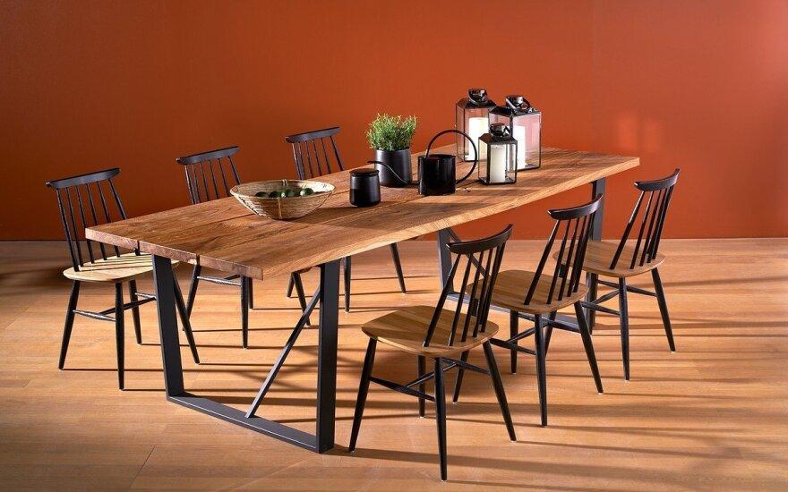 "Valgomojo stalas ""Old Oak"" (ISKU nuotr.)"