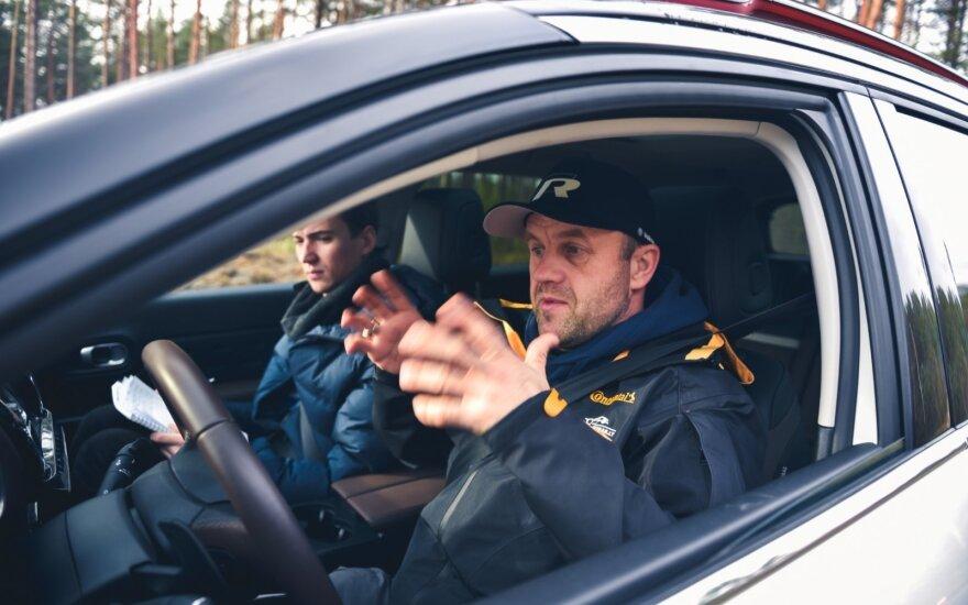 Automobilių stabdymo sistemų testas