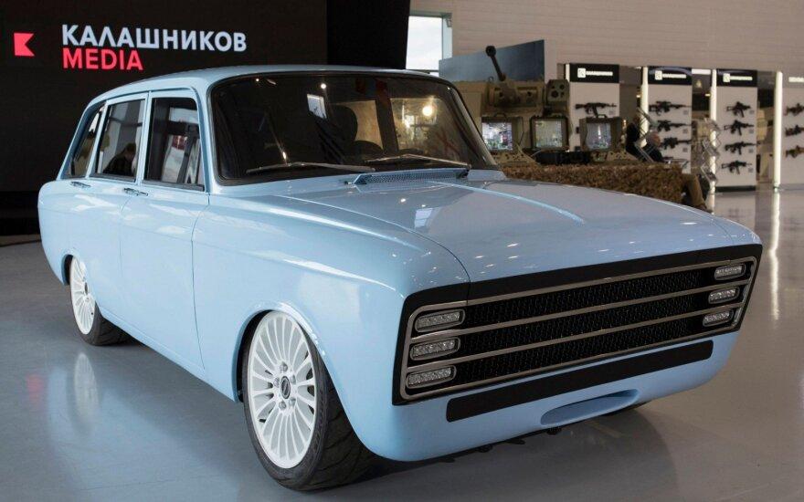 """""""Kalašnikov"""" pristatė """"elektrinį supermobilį"""", kuriuo ketina varžytis su """"Tesla"""""""