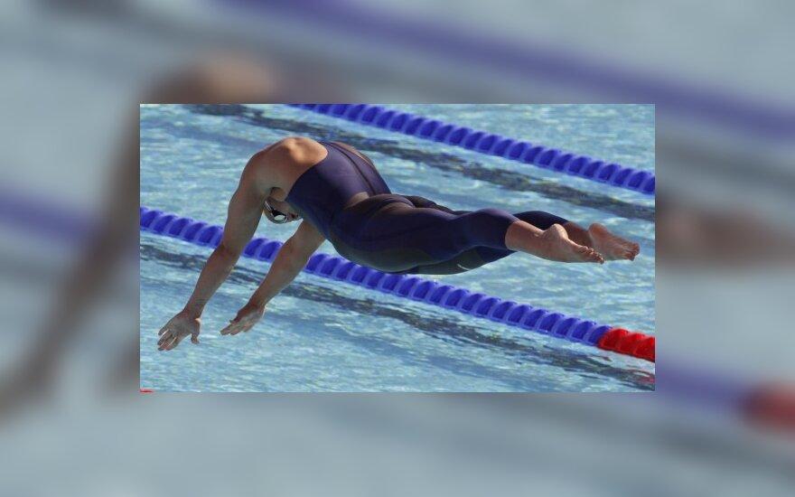 Lisbeth Trickett šuolis pasaulio plaukimo čempionate Romoje.