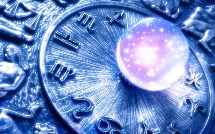 Astrologės Lolitos prognozė spalio 5 d.: šviesių minčių ir ketinimų diena