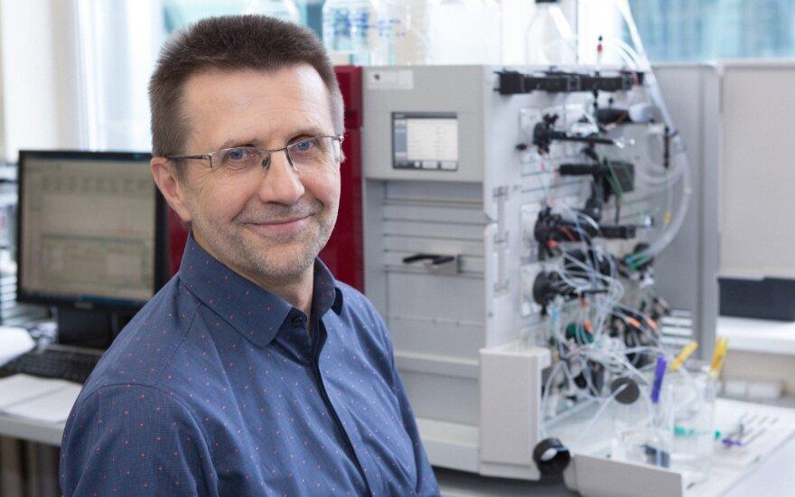 Prof. Virginijus Šikšnys