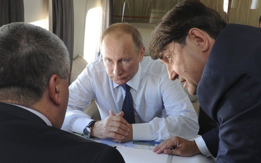 Vladimiras Putinas, Sergejus Aksionovas