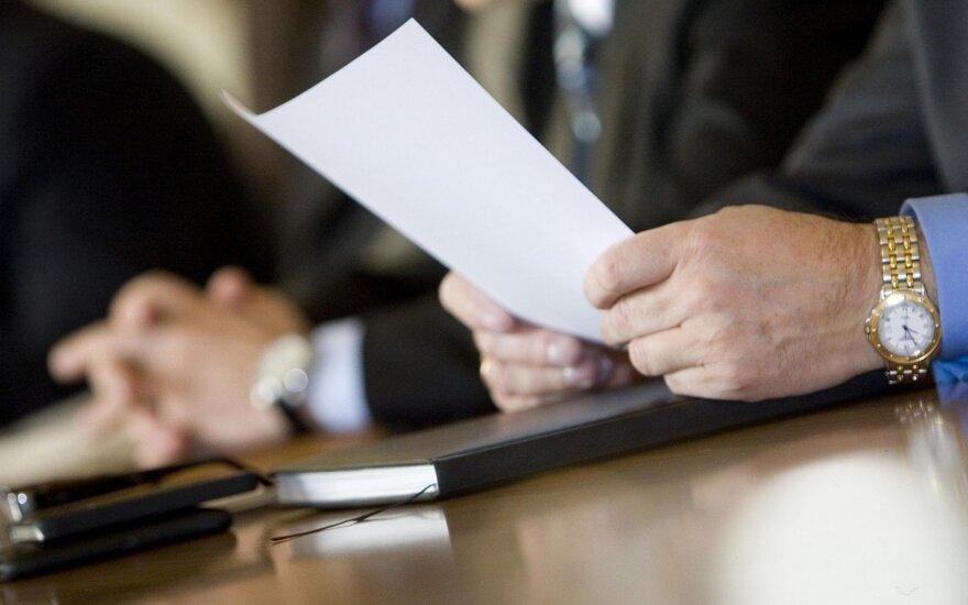 Valstybės tarnybos departamentas: testui pasiruošti skirtų užduočių nepardavinėjame