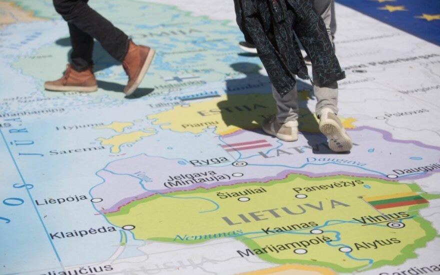 Jautrus brolystės su Latvija klausimas: istorija mena ne vieną kartėlį ir susitaikymą